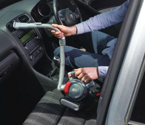 Test aspirateur auto portable Black et Decker PD1200AV-XJ