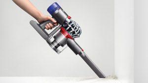 Aspirateur puissant sans fil plinthes et angles Dyson V8 Absolute