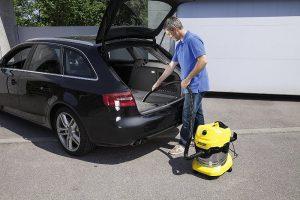 Test aspirateur eau et poussière Kärcher WD4 Premium - habitacle voiture