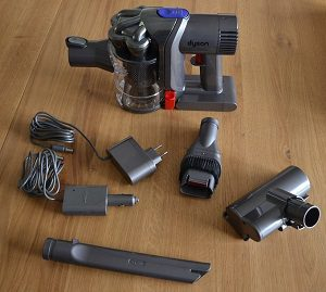 aspirateur main dyson dc43h une alternative moins. Black Bedroom Furniture Sets. Home Design Ideas
