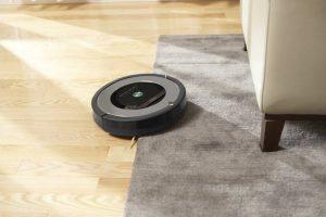 test aspirateur robot intelligent iRobot Roomba 865