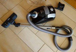 Aspirateur avec sac Miele Compact C1 Black Pearl EcoLine