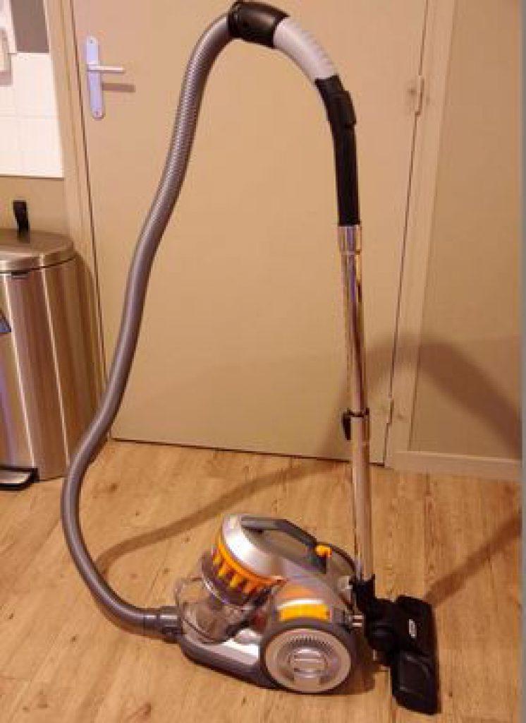 meilleur aspirateur sans sac Vax Air Compact C85-AM-B-E
